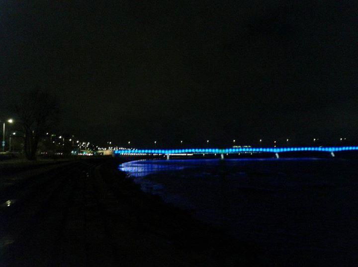 warsaw-bridge-riverside-by-night